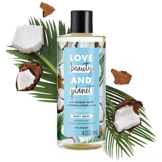 Tampak depan kemasan Love Beauty and Planet Coconut Water & Mimosa Flower Body Wash ukuran 400 ml