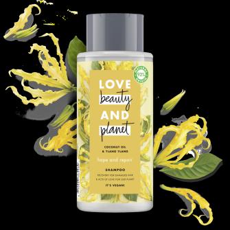 Shampoopakkauksen etuosa Love Beauty Planet Kookosöljy ja ylang-ylang -shampoo Hope and Repair 400 ml