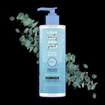 Vartalovoidepakkauksen etuosa Love Beauty Planet Merilevä ja eukalyptus -vartalovoide Marine Hydration 400 ml