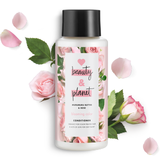 Frente del paquete de acondicionador Love Beauty Planet Murumuru Butter & Rose Oil Conditioner Blooming Color 13.5 oz